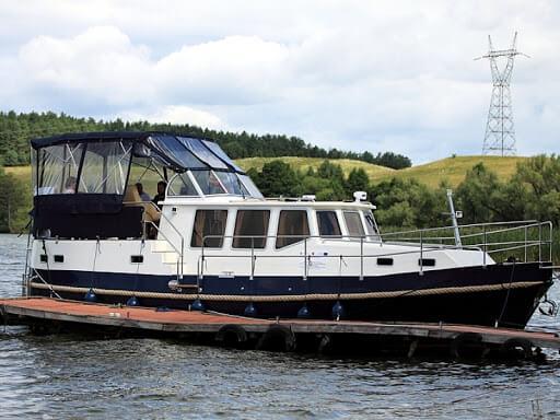 Czarter jachtów motorowych Mazury